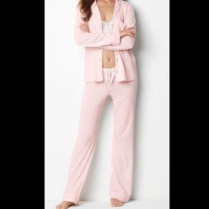NWOT Victoria Secret SLEEPOVER Pajama set PINK S